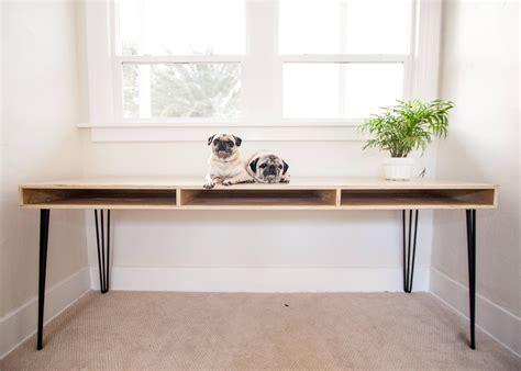 Plywood desk design Image