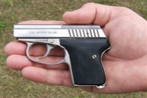 Pocket Size 9mm Handgun