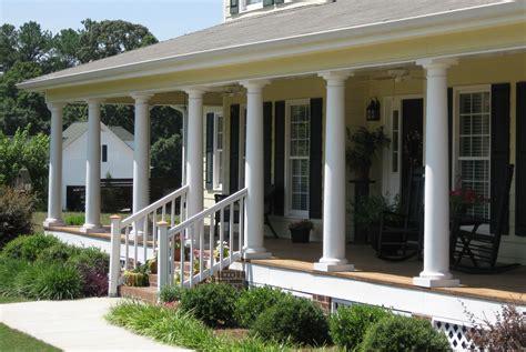 Porch pillars columns Image