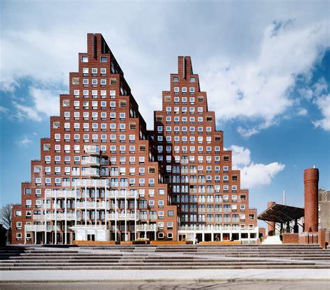 Postmodernist Architecture