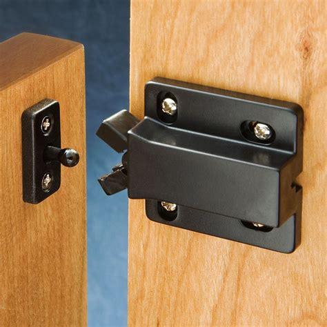 Push cabinet latch Image