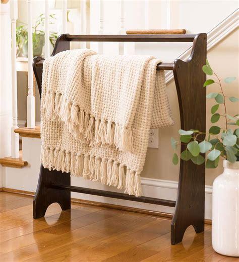 quilt holder wood.aspx Image