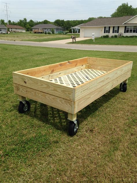 Raised garden bed plans on wheels Image