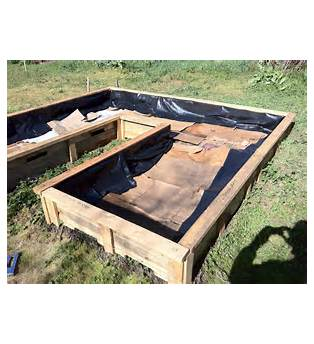 Raised Garden Beds Plans With Black Plastic