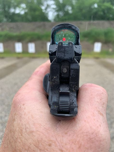 Red Dot Sight With Front Iron Sight