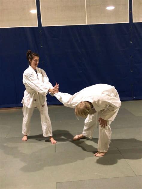 Roswell Self Defense