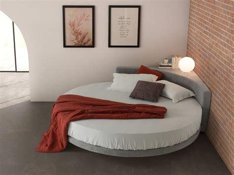 Round Corner Bed