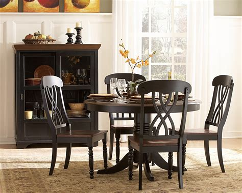 Round dining room table sets Image