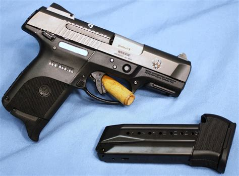 Ruger Ruger Sr9c Compact Synthetic Black Semi Auto Pistol.
