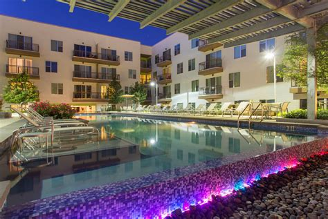 Sabina Apartments Austin Math Wallpaper Golden Find Free HD for Desktop [pastnedes.tk]