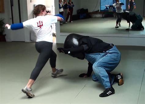 Self Defense Knee Strike