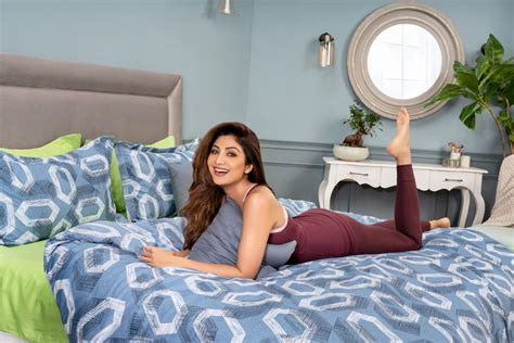 Shilpa Shetty Bedroom Iphone Wallpapers Free Beautiful  HD Wallpapers, Images Over 1000+ [getprihce.gq]
