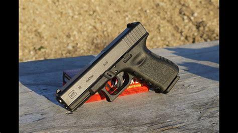 Shooting A Glock 19