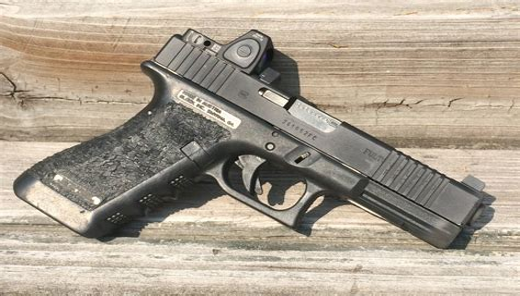 Shooting A Glock 22