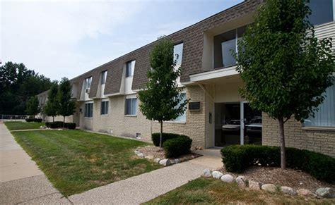 Shoreview Apartments Math Wallpaper Golden Find Free HD for Desktop [pastnedes.tk]