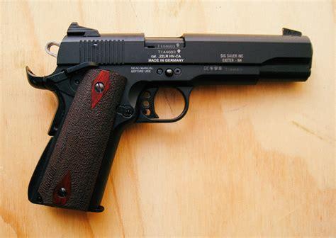 Sig-Sauer Sig Sauer 1911-22 Handgun Review.