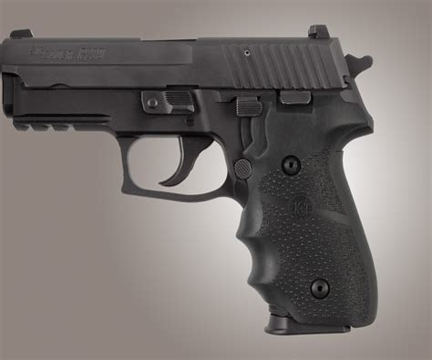 Sig-Sauer Sig Sauer P225 Grips Hogue.