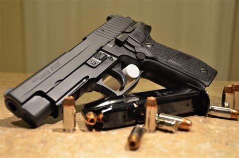 Sig-Sauer Sig Sauer P226 Military Issue.
