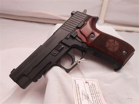 Sig Sauer P226 Rosewood Dymondwood Stippled Texas Star Logo