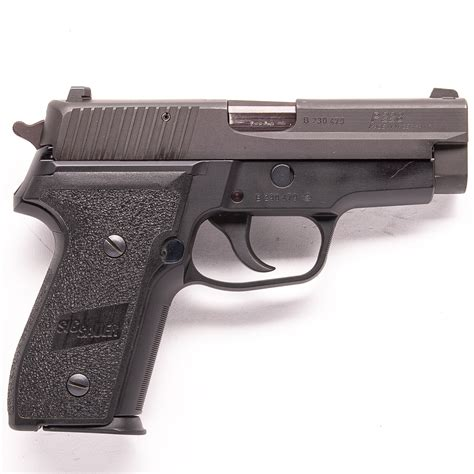 Sig-Sauer Sig Sauer P228.