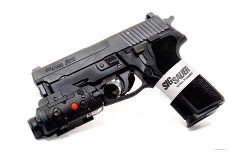 Sig-Sauer Sig Sauer P229 Tactical.