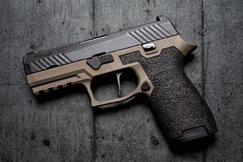Sig-Sauer Sig Sauer Vs Glock .40 Cal.