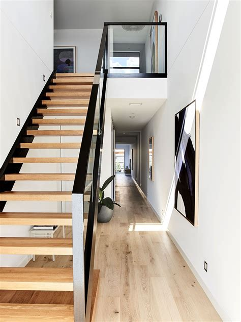 Simple Stairs Design For Small House