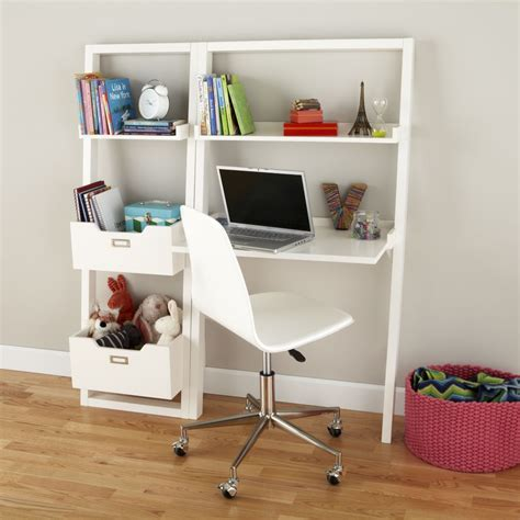 small childs desk.aspx Image