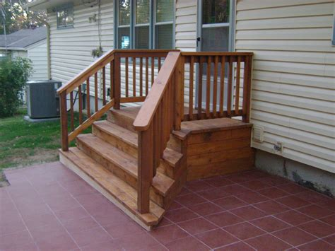 small deck with steps.aspx Image