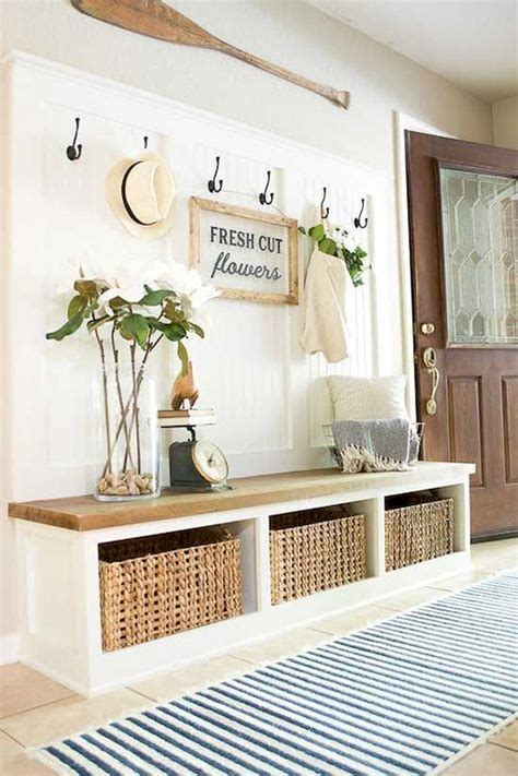 Small Entryway Design
