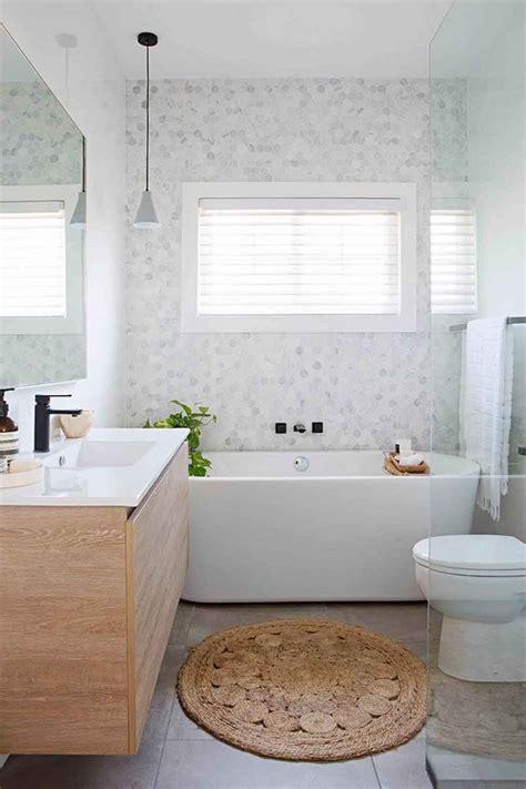 Small Main Bathroom Ideas