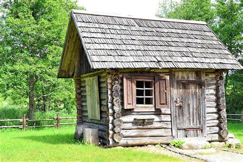 Small wooden hut Image