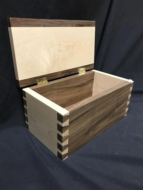 Small wooden jewelry box plans Image