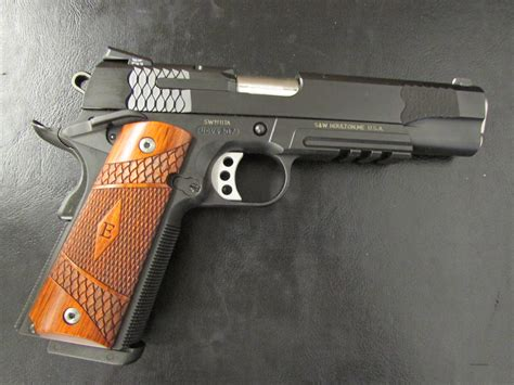 Main-Keyword Smith And Wesson 45.