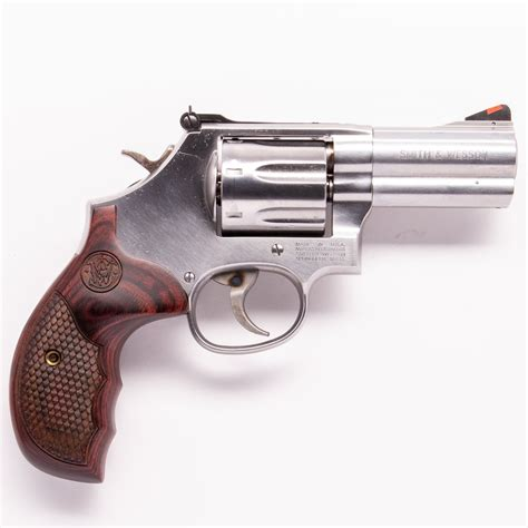 Main-Keyword Smith And Wesson 686 Plus.