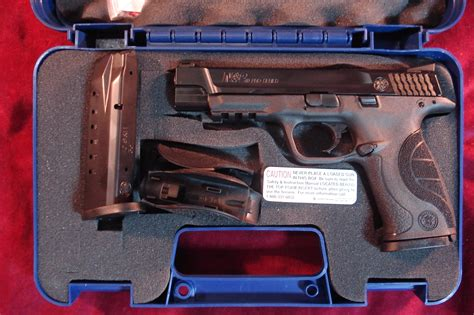 Smith Wesson M Amp P Compact Pistol 40 S Amp W 3 5in