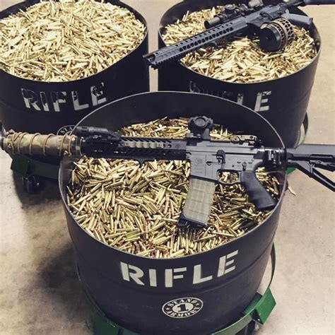 Stand 1 Armory Ammo 45