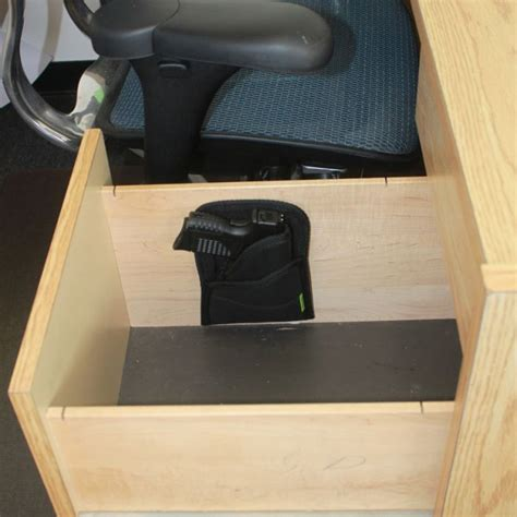 Sticky Travel Mount Accessories Sticky Travel Mount Right Hand Draw