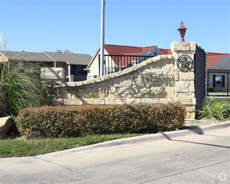 Stone Ranch Apartments Dallas Math Wallpaper Golden Find Free HD for Desktop [pastnedes.tk]