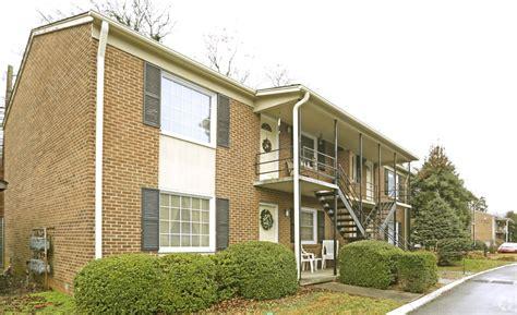 Stratford Arms Apartments Math Wallpaper Golden Find Free HD for Desktop [pastnedes.tk]