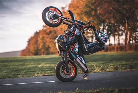 Supermoto Pictures HD Wallpapers Download free images and photos [musssic.tk]