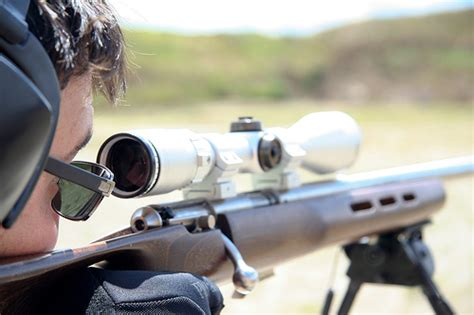 The 4 Best Scopes For 204 Ruger Reviews 2019