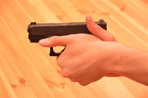 Thumbs Up Pistol Grip