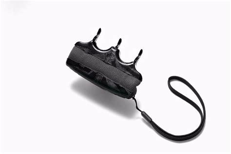 Tigerlady Self Defense Claw Video