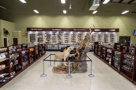 Gun-Store Tommy Gun Store.