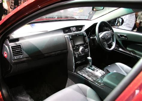 Toyota Mark X Interior Pictures HD Wallpapers Download free images and photos [musssic.tk]