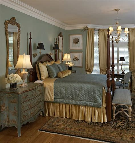 Traditional Master Bedroom Furniture