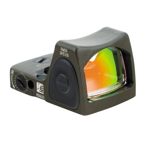 Trijicon RMR Reflex Red Dot Sights Overview - Product In Action - OpticsPlanet Com