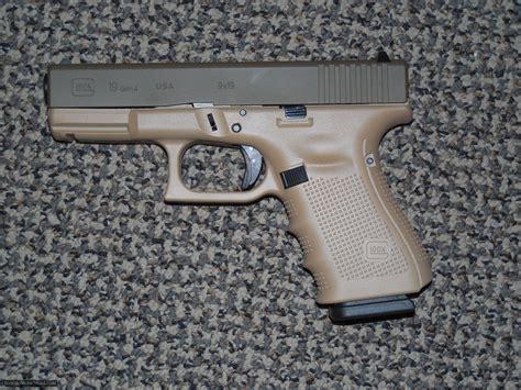 Two Tone Glock 19 Gen 4