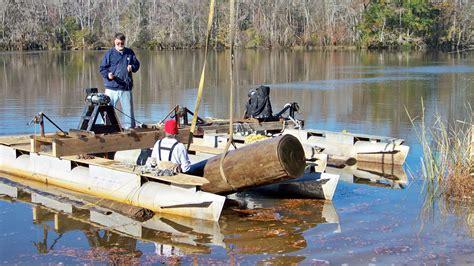 Underwater logging Image